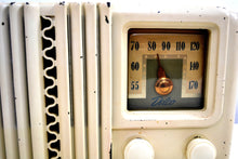 Load image into Gallery viewer, Alabaster Ivory Bakelite Post War 1947 Delco Model 1230A AM Vacuum Tube Radio Works Great! - [product_type} - Firestone - Retro Radio Farm