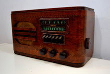 Load image into Gallery viewer, Wood Vintage 1939 Airline 84WG-612A AM Vacuum Tube AM Shortwave Radio Excellent+ Condition! - [product_type} - Airline - Retro Radio Farm