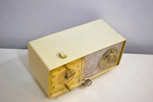 Linen Ivory 1966 General Electric Model C-546 AM Vintage Vacuum Tube Radio Very Mod Looking! - [product_type} - General Electric - Retro Radio Farm