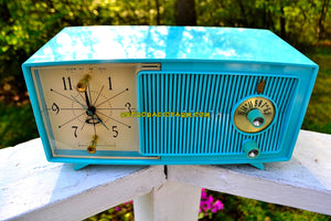 SOLD! - July 8, 2018 - BLUETOOTH MP3 UPGRADE ADDED - TURQUOISE BEAUTY Mid Century 1959 Zenith Model E514B Tube AM Clock Radio Excellent Sounding! - [product_type} - Zenith - Retro Radio Farm