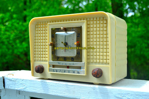 SOLD! - Nov 1, 2018 - Royal Ivory Mid Century Retro 1954 Regal Model C527L Tube AM Clock Radio Excellent Plus Condition and Sounds Great! - [product_type} - Regal - Retro Radio Farm
