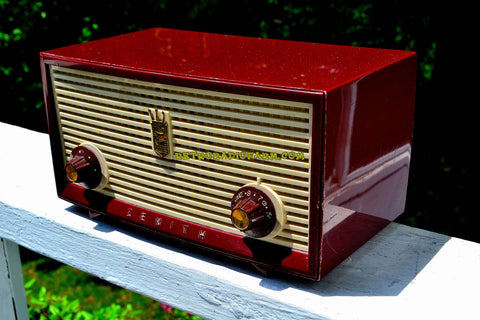 BURGUNDY Retro Jetsons Vintage 1957 Zenith A508R AM Tube Radio Loud and Clear Sounding!