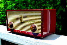 Load image into Gallery viewer, Burgundy Retro Vintage 1957 Zenith A508R AM Tube Radio Loud and Clear Sounding! - [product_type} - Zenith - Retro Radio Farm