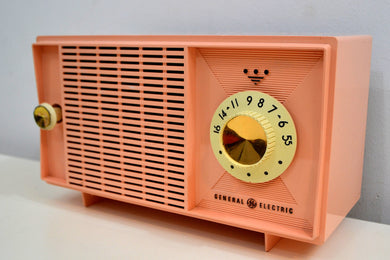Carnation Pink 1961 General Electric Model T125A AM Vintage Radio Mid Century Retro Wonder!