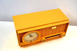 Harvest Gold 1961 Travler Model 63C301 AM Tube Radio Rare Color and Time Warp Condition! - [product_type} - Travler - Retro Radio Farm