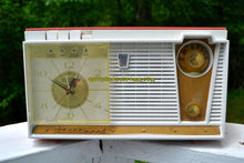 Load image into Gallery viewer, SOLD! - Mar 27, 2019 - Coral Pink 1959 Fleetwood Model 5018 AM Tube Clock Radio - [product_type} - Fleetwood - Retro Radio Farm