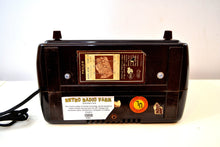 Load image into Gallery viewer, Walnut Bakelite Vintage 1949 Philco Model 49-505 AM Radio Flawless and Sounds Amazing!