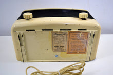 Load image into Gallery viewer, Ivory and Black Bakelite Vintage 1947 Farnsworth Model ET-061 AM Shortwave Radio Sounds Great! - [product_type} - Philco - Retro Radio Farm