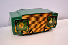 Load image into Gallery viewer, SOLD! - Sept 13, 2019 - Jade Green and Gold 1953 Zenith Model L622F AM Vintage Tube Radio Gorgeous Looking and Sounding! - [product_type} - Zenith - Retro Radio Farm
