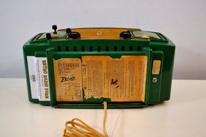 Jade Green and Gold 1953 Zenith Model L622F AM Vintage Tube Radio Gorgeous Looking and Sounding! - [product_type} - Zenith - Retro Radio Farm