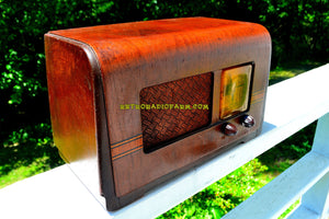 SOLD! - July 8, 2018 - BLUETOOTH MP3 UPGRADE ADDED - 1940 Philco Model PT-42 Tube AM Radio Looks Sounds Great! - [product_type} - Philco - Retro Radio Farm