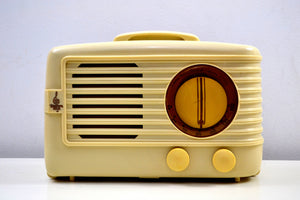 SOLD! - Feb. 7, 2020 - Ivory 1949 Emerson Model 581 Plaskon AM Tube Radio Golden Age Beauty! - [product_type} - Emerson - Retro Radio Farm