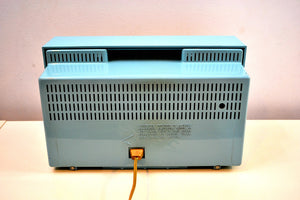 Continental Baby Blue 1960 General Electric Model 15R13 Musaphonic Tube Radio Clover Grid Grill! - [product_type} - General Electric - Retro Radio Farm
