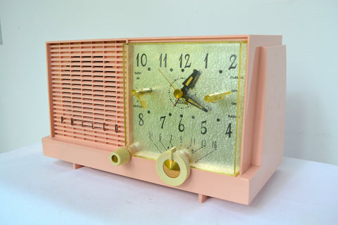 Mamie Pink Mid-Century Retro Vintage 1959 Philco Model F-752-124 AM Tube Clock Radio Excellent Plus!