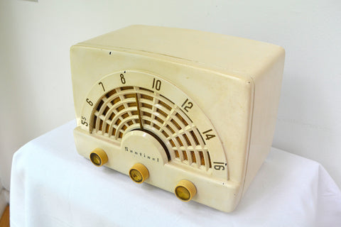 Deco-Licious Ivory 1953 Sentinel Model 344 AM Tube Radio Excellent Condition Sounds Divine!