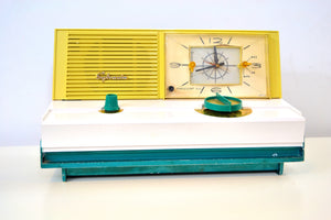 SOLD! - Sept 11, 2019 - Emerald Green Metallic Mid Century Retro Vintage 1960 Sylvania Model 5C12 AM Tube Clock Radio Unique Works Great! - [product_type} - Sylvania - Retro Radio Farm