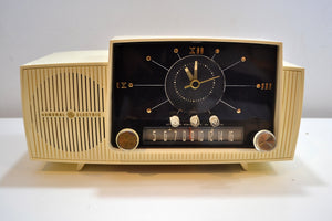SOLD! - Aug 23, 2019 - Classic Pure White 1957 General Electric Model 912 Tube AM Clock Radio Solid Player Nice Looker! - [product_type} - General Electric - Retro Radio Farm