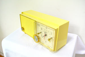 SOLD! - Sept. 9, 2018 - BLUETOOTH MP3 UPGRADE ADDED - Lemon Yellow Mid Century Antique Retro Vintage 1959 RCA Victor Model RFD19Z AM Tube Clock Radio Near Mint! - [product_type} - RCA Victor - Retro Radio Farm