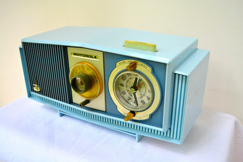 SOLD! - Aug 13, 2018 - BLUE on Blue Mid-Century Retro 1963 Motorola Model C4P-55 Tube AM Clock Radio Rare Color!