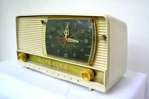 Beige Beauty 1959 RCA Victor 9-C-71 Tube AM Clock Radio Works Great! - [product_type} - RCA Victor - Retro Radio Farm