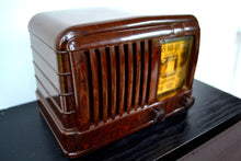 Load image into Gallery viewer, SOLD! - Sept 1, 2019 - GOLDEN AGE Art Deco 1941 Radiola Model 510 Bakelite AM Tube Radio Works Great! So Classy Looking! - [product_type} - Radiola - Retro Radio Farm