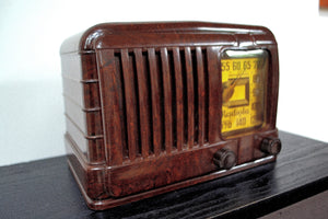SOLD! - Sept 1, 2019 - GOLDEN AGE Art Deco 1941 Radiola Model 510 Bakelite AM Tube Radio Works Great! So Classy Looking! - [product_type} - Radiola - Retro Radio Farm