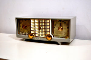 SOLD! - Sept 29, 2019 - Hull Grey 1955 Zenith Super Deluxe Model R623G AM Tube Radio Bells and Whistles! - [product_type} - Zenith - Retro Radio Farm
