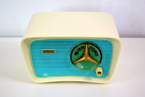 Turquoise and White 1959 Travler Model T-202 AM Tube Radio Cute As A Button!