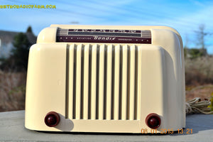 SOLD! - Jan 13, 2015 - SMART LOOKING 1947 Ivory Bendix Aviation Model 110W Bakelite AM Tube AM Radio WORKS! - [product_type} - Bendix Aviation - Retro Radio Farm
