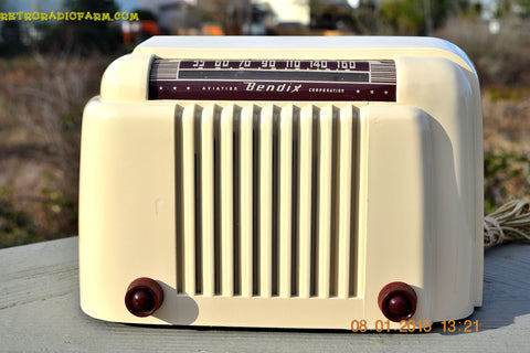 SOLD! - Jan 13, 2015 - SMART LOOKING 1947 Ivory Bendix Aviation Model 110W Bakelite AM Tube AM Radio WORKS!