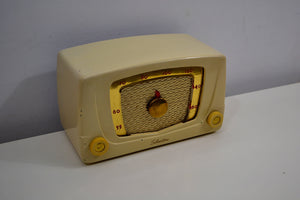Ivory Cream Silvertone 1951 Model 6 AM Tube Bakelite Radio Plays Like A Champ! - [product_type} - Silvertone - Retro Radio Farm