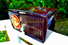 Load image into Gallery viewer, SOLD! - Nov 20, 2017 - BLUETOOTH MP3 READY - Brown Swirly Mid Century Vintage 1952 General Electric Model 542 AM Brown Bakelite Tube Clock Radio Works and Looks Great! - [product_type} - General Electric - Retro Radio Farm