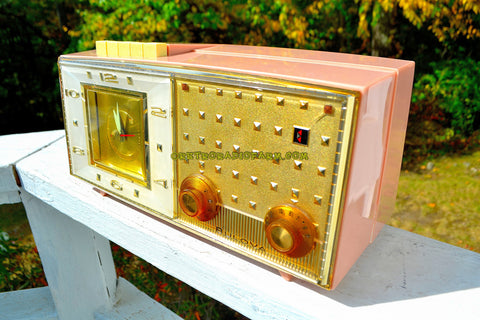 PLAZA PINK Mid Century Retro Vintage 1959-60 Bulova Model 190 Tube AM Clock Radio Looks Spectacular!