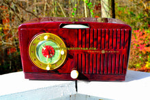 Load image into Gallery viewer, SOLD! - Nov 19, 2017 - BROWN MARBLED Golden Age Art Deco 1952 General Electric Model 515F AM Tube Clock Radio Totally Restored!