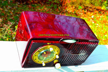 Load image into Gallery viewer, SOLD! - Nov 19, 2017 - BROWN MARBLED Golden Age Art Deco 1952 General Electric Model 515F AM Tube Clock Radio Totally Restored! - [product_type} - General Electric - Retro Radio Farm