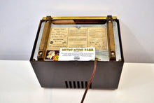 Load image into Gallery viewer, St Regis Gold 1947 RCA Victor Model 75X11 Tube Radio Built Solid Sounds Sweet!