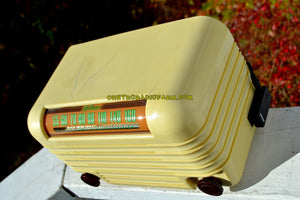 SOLD! - Nov 15, 2017 - BLUETOOTH MP3 Ready - ANTIQUE IVORY Vintage Deco Retro 1946 Hoffman Model A200 AM Bakelite Tube Radio Excellent Working Condition! - [product_type} - Hoffman - Retro Radio Farm