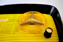 Load image into Gallery viewer, Black and Yellow 1959 Travler Model T-204 AM Tube Radio Cute As A Button!