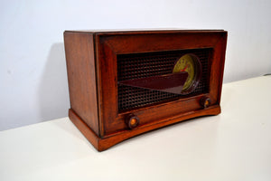 SOLD! - Dec 1, 2019 - Flying Wedge Post War Vintage 1949 Philco Transitone Model 49-506 AM Radio Sounds Great Hardwood Cabinet! - [product_type} - Philco - Retro Radio Farm