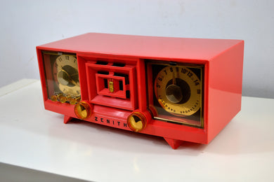 Hot Pink Vintage 1955 Zenith R519V AM Tube Clock Radio Works and Looks Great!