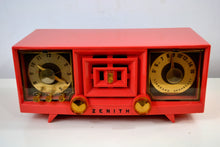 Load image into Gallery viewer, SOLD! - Dec 7, 2018 - Hot Pink Vintage 1955 Zenith R519V AM Tube Clock Radio Works and Looks Great! - [product_type} - Zenith - Retro Radio Farm
