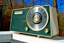 Load image into Gallery viewer, SOLD! - Dec 9, 2017 - HUNTER GREEN Mid Century Vintage 1962 Motorola Model A24N AM Tube Radio Sounds Great! - [product_type} - Motorola - Retro Radio Farm