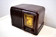 Load image into Gallery viewer, SOLD! - Dec 2, 2019 - Walnut Brown Bakelite 1939 RCA Victor Model 45-X-11 AM Tube Radio Great Sounding! - [product_type} - RCA Victor - Retro Radio Farm