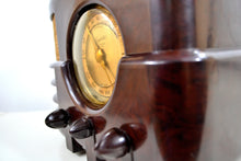 Load image into Gallery viewer, Espresso Marble Brown Bakelite 1937 Majestic Model 651 AM Vacuum Tube Radio Real Jawdropper!