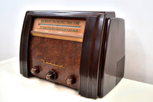 Load image into Gallery viewer, SOLD! - Jan. 14, 2020 - Sable Brown Marbled Bakelite 1946 Bendix Model 75P6U AM FM Vacuum Tube Radio Gorgeous! - [product_type} - Bendix Aviation - Retro Radio Farm