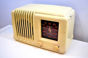 "Alabaster Ivory Bakelite Post War 1947 Firestone Air Chief ""Diplomat"" Model 4A3 AM Vacuum Tube Radio Works Great!"