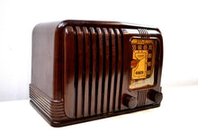 Load image into Gallery viewer, SOLD! - Dec 19, 2019 - Wondrous Walnut Brown Bakelite 1939 RCA Victor Model 45-X-11 AM Tube Radio Fine Looking Great Sounding! - [product_type} - RCA Victor - Retro Radio Farm