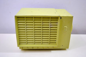 Chartreuse Green Bakelite Mid Century 1953 Crosley Model F-5CE AM Vacuum Tube Radio Solid Receiver!