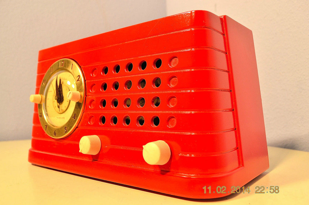 SOLD! - Feb 27, 2014 - STUNNING CARDINAL RED Bakelite 1948 Telechron Model 8H59 Clock Radio Works! , Vintage Radio - Admiral, Retro Radio Farm  - 1
