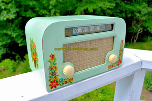 SOLD! - Sept 1, 2017 - COUNTRY COTTAGE Green 1940 Motorola 55x15 Tube AM Radio Original Factory Decals Excellent Condition! - [product_type} - Motorola - Retro Radio Farm